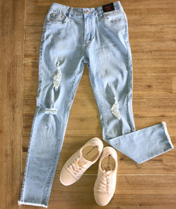 Kiana Ripped Jean | Light Blue Wash