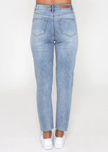 Load image into Gallery viewer, Taylor Jeans | Blue