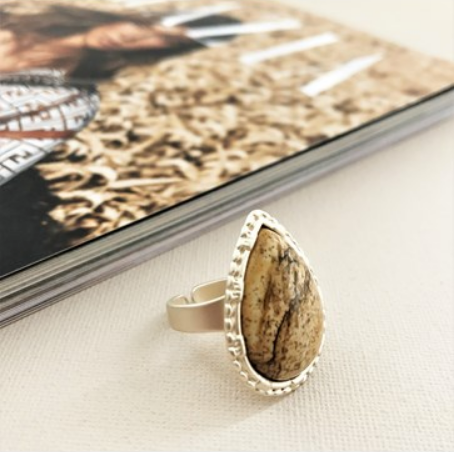 Stone Teardrop Ring | Brown