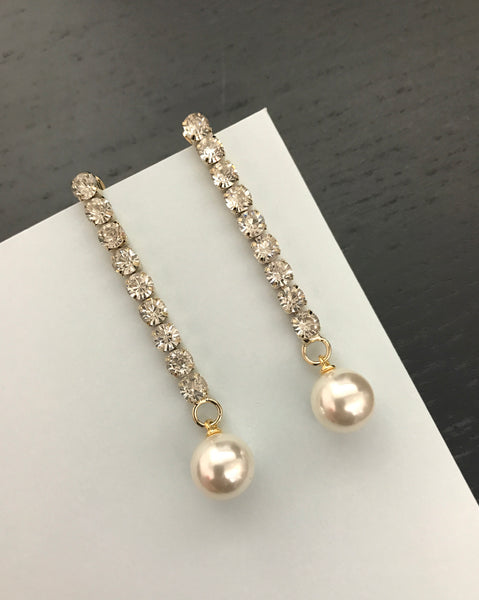diamond chain with pearl earring