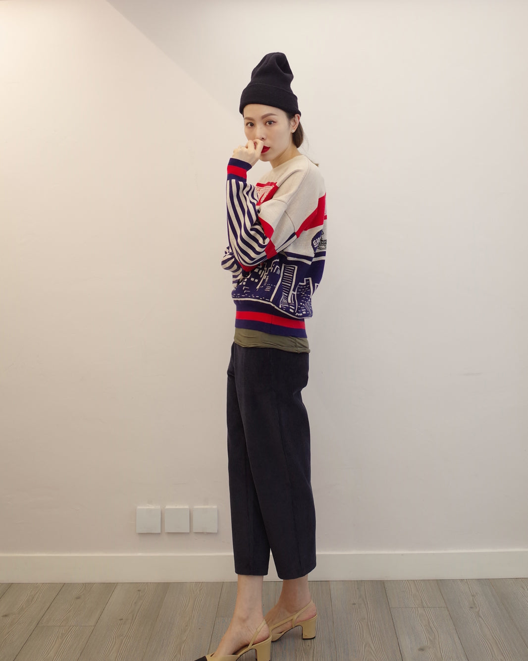 """new york giant"" knit top"