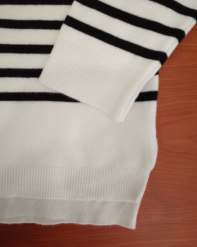 loose stripe top