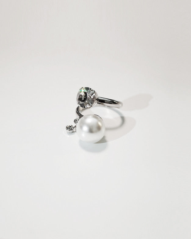 open ring with pearl and diamond
