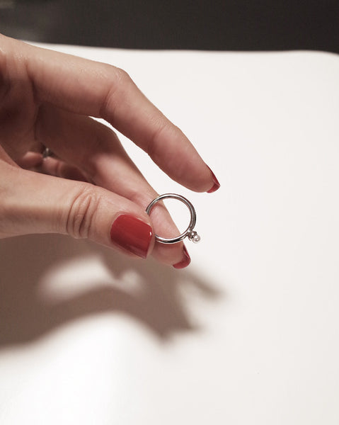 mini-ring in slim-cut shank