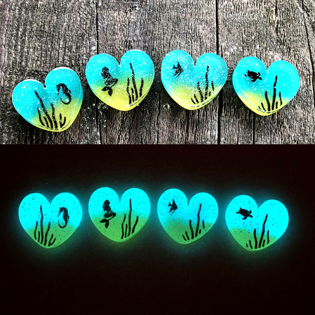 Aquarium Glow Hearts Necklace
