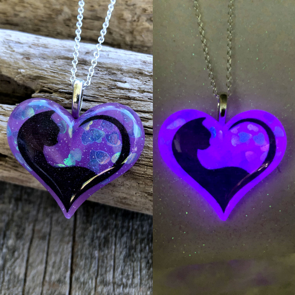 Cat Tail Glow in the dark Lula Heart Necklace