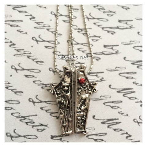 Flash Sale Jack & Sally Coffin Necklace Set