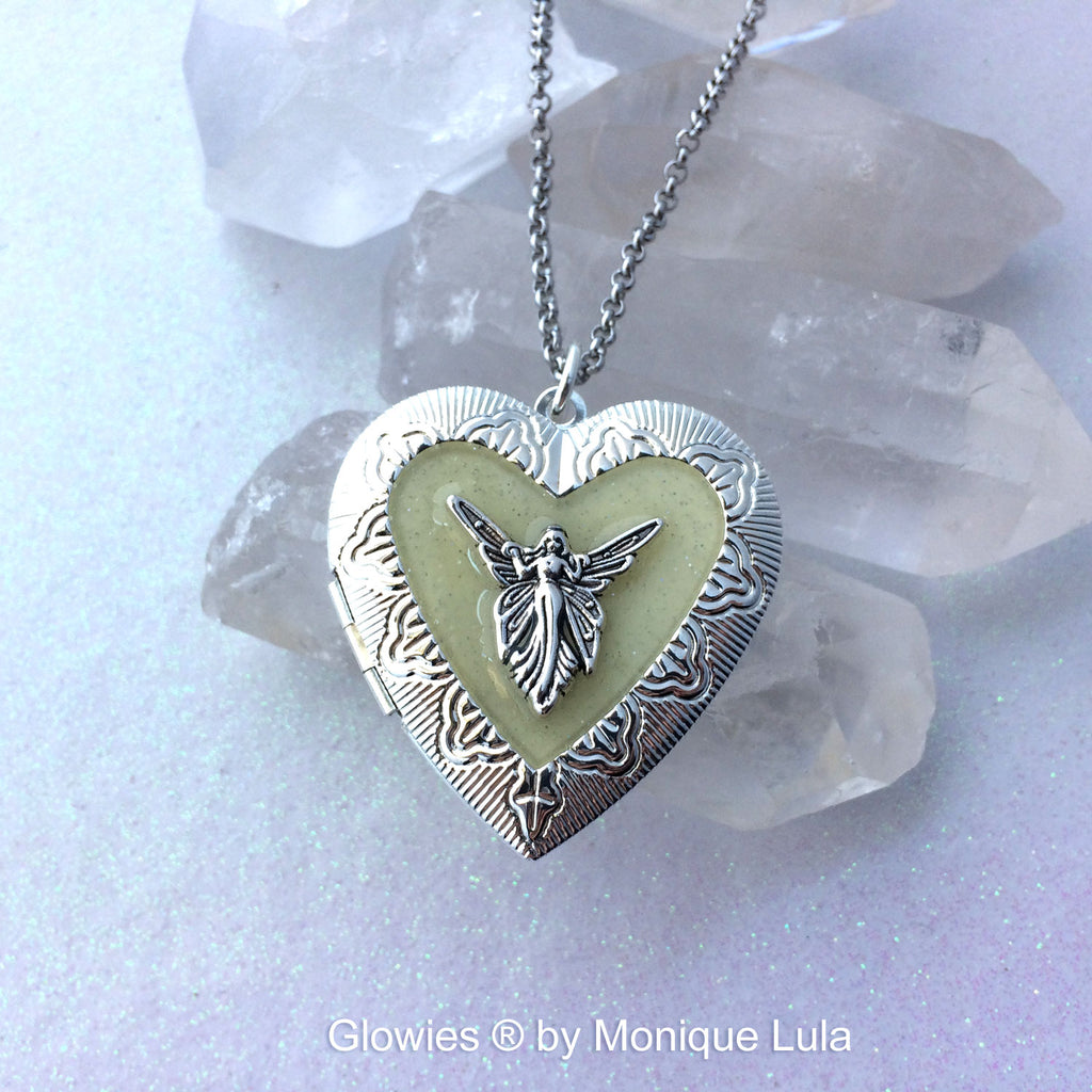 Glowing Heart Fairy Locket for Pictures