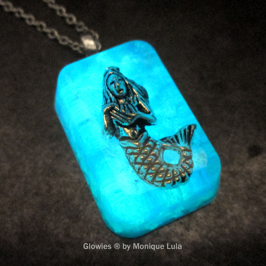 Frozen Mermaid Glow Opal Necklace