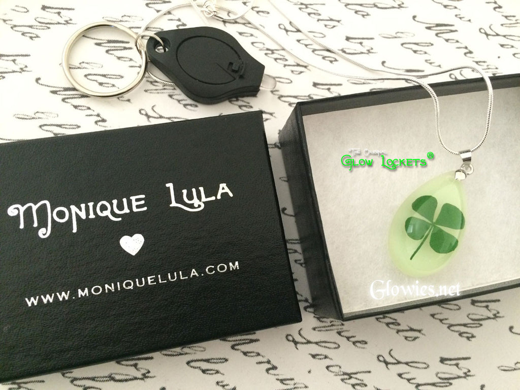 Gift Set Glowing Lucky Clover Saint Patricks Day Shamrock