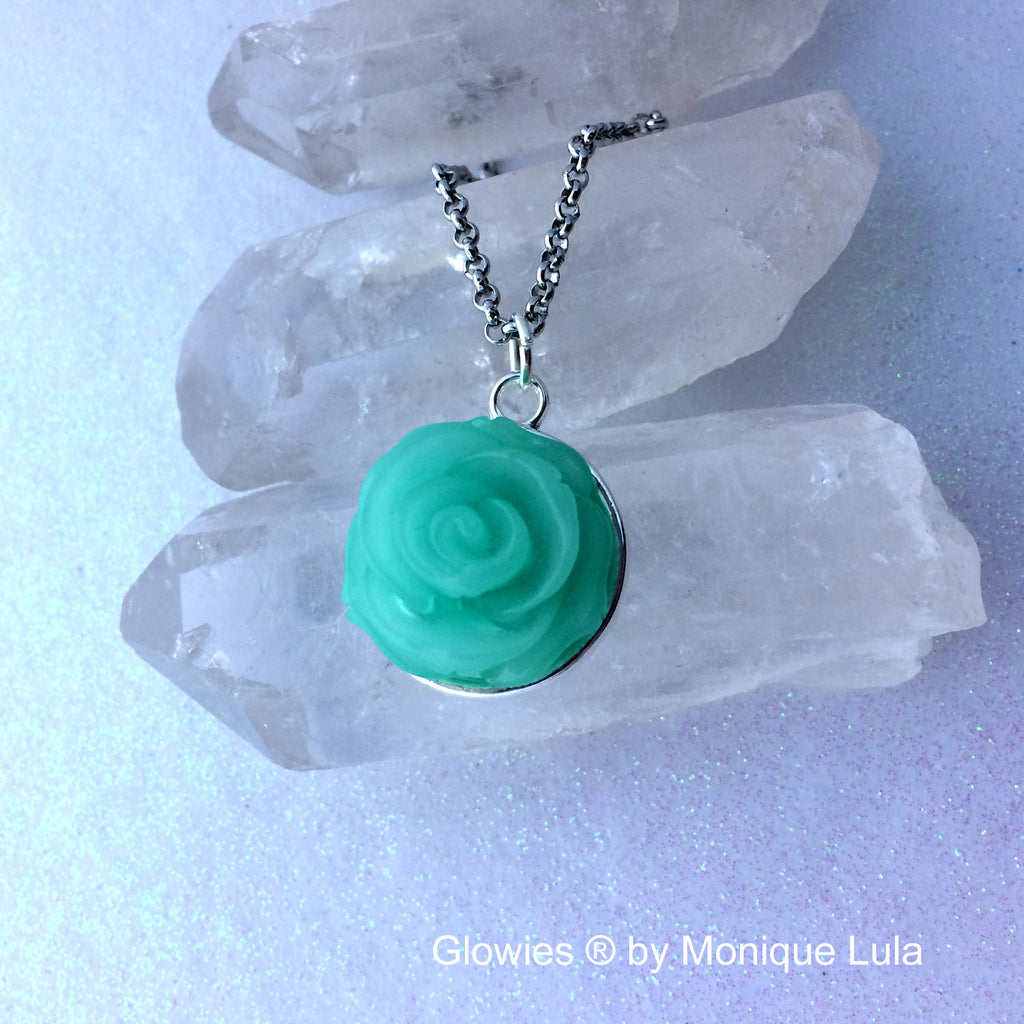 Handmade Rose Glowing Flower Necklace