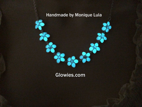 Glowing Flower Necklace