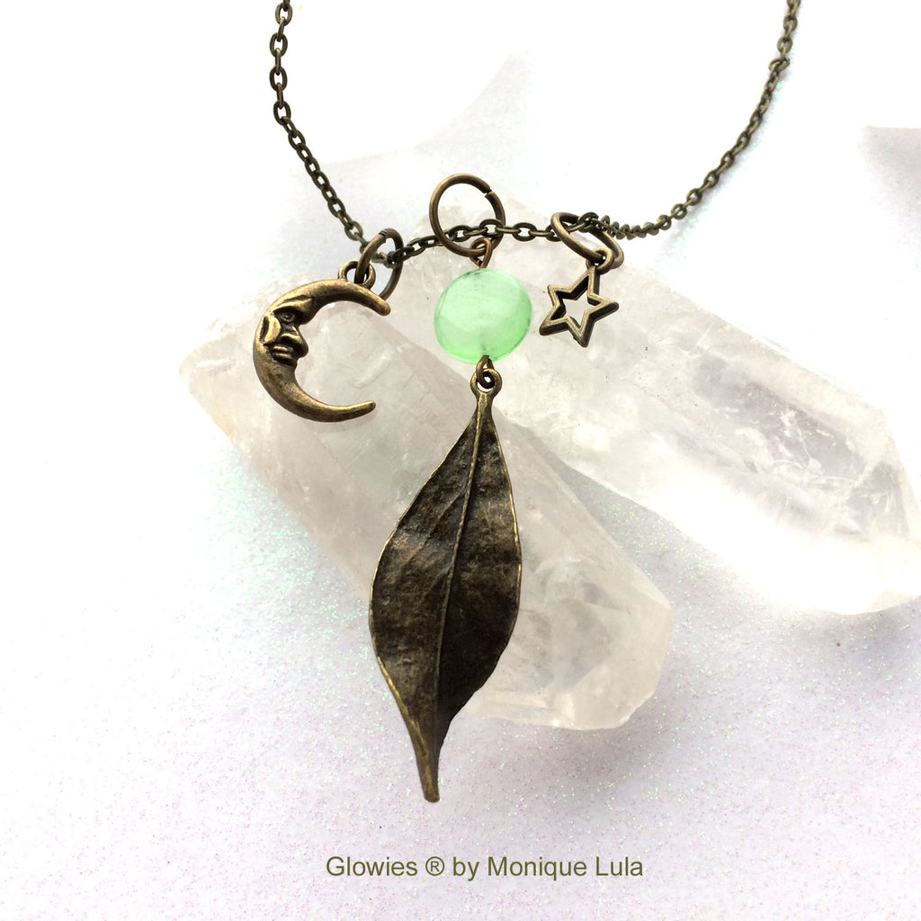 Antiqued Glow Glass Leaf in the Moonlight Necklace