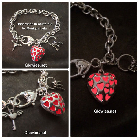 Love Spell Glow Heart with Keys Link Charm Bracelet