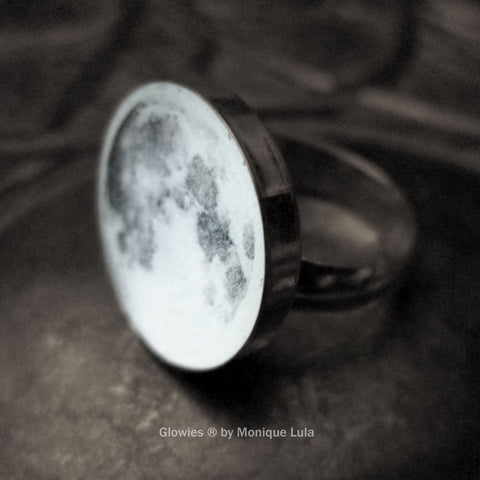Sterling Silver Glow Moon Ring