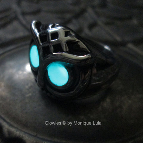 Stainless Steel Owl Ring with Glowing Eyes