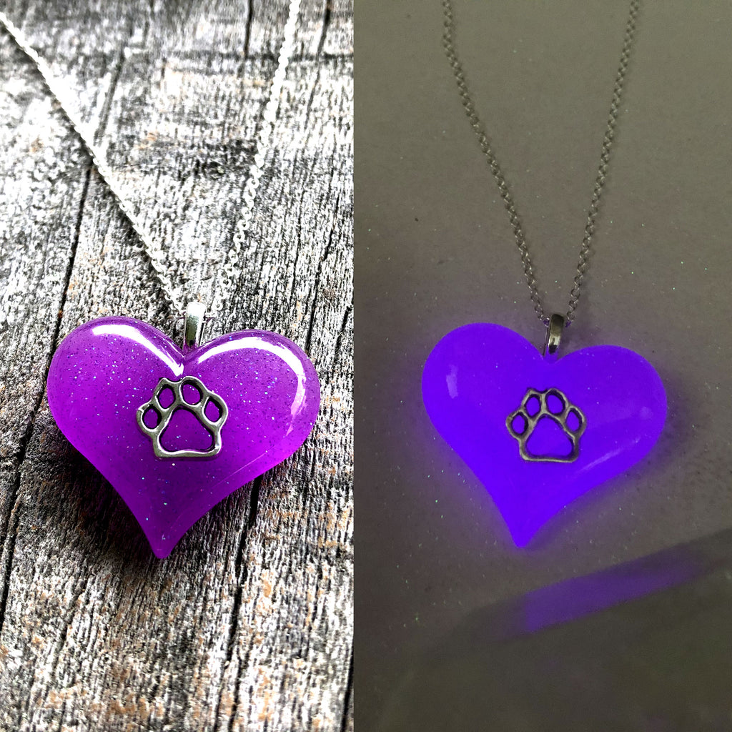 Paw Heart Glow in the dark Necklace