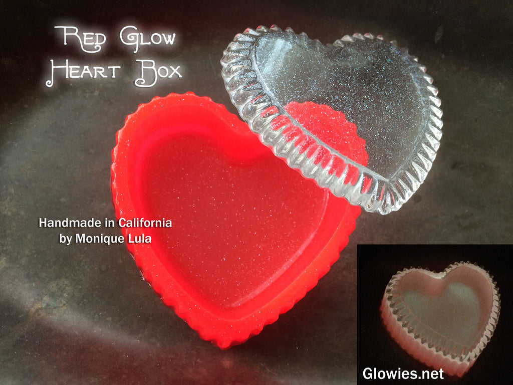 Red Heart Glow Box