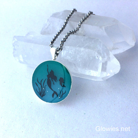 Mermaid Mom Glow Necklace