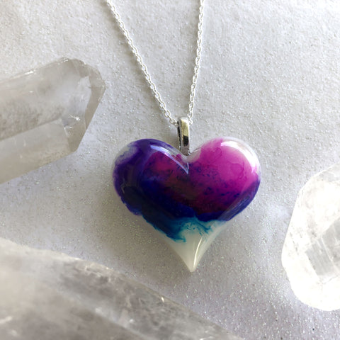 Lula Heart Glow Necklace