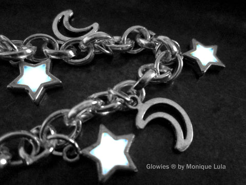 Crescent Moons & Glowing Stars Link Charm Bracelet