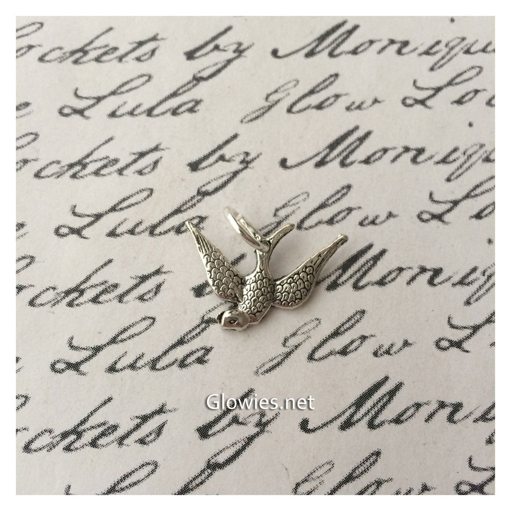 Diving Swallow Charm
