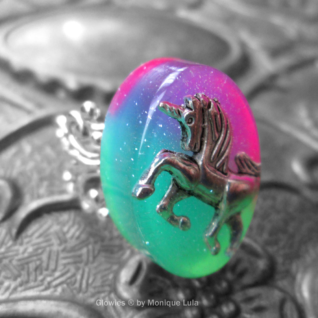 Unicorn Glow in the dark Ring