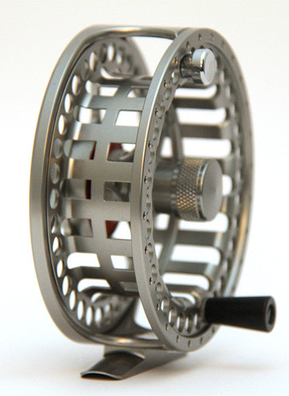 Large arbor sealed disc drag fly reel (MC)