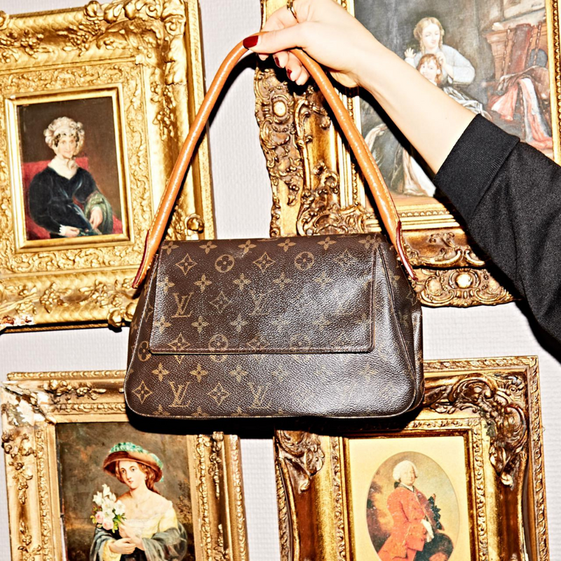 Louis Vuitton Looping PM Monogram Canvas