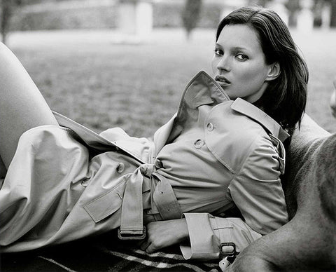 Kate Moss wearing a Burberry trench coat shot by Mario Testino