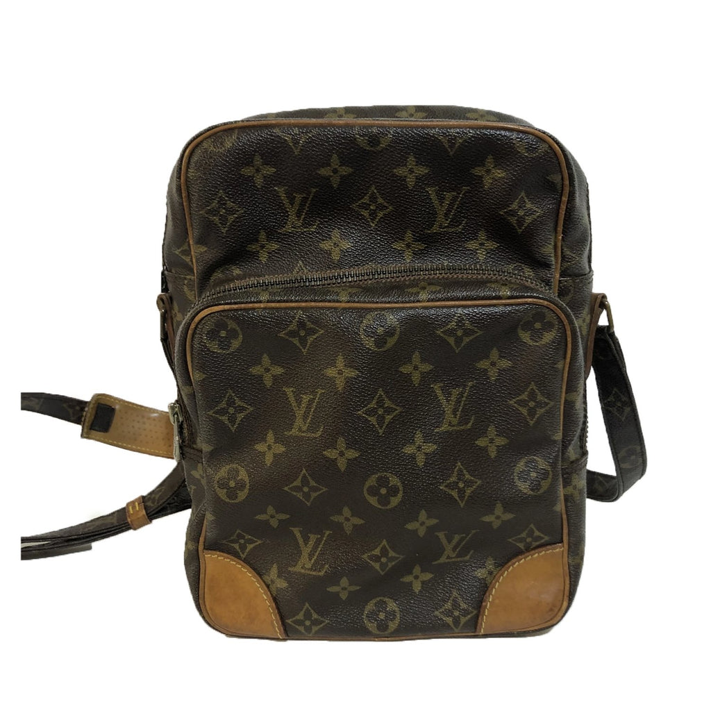 Louis Vuitton Amazon GM - Crossbody bags - Etoile Luxury Vintage