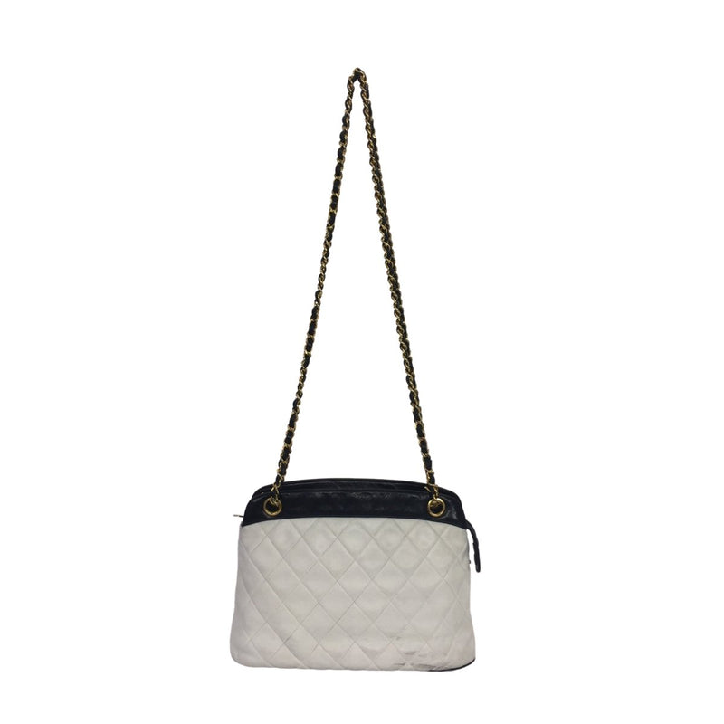 Chanel Chanel Crossbody Bag black and white Lambskin Leather - Crossbody bags - Etoile Luxury Vintage