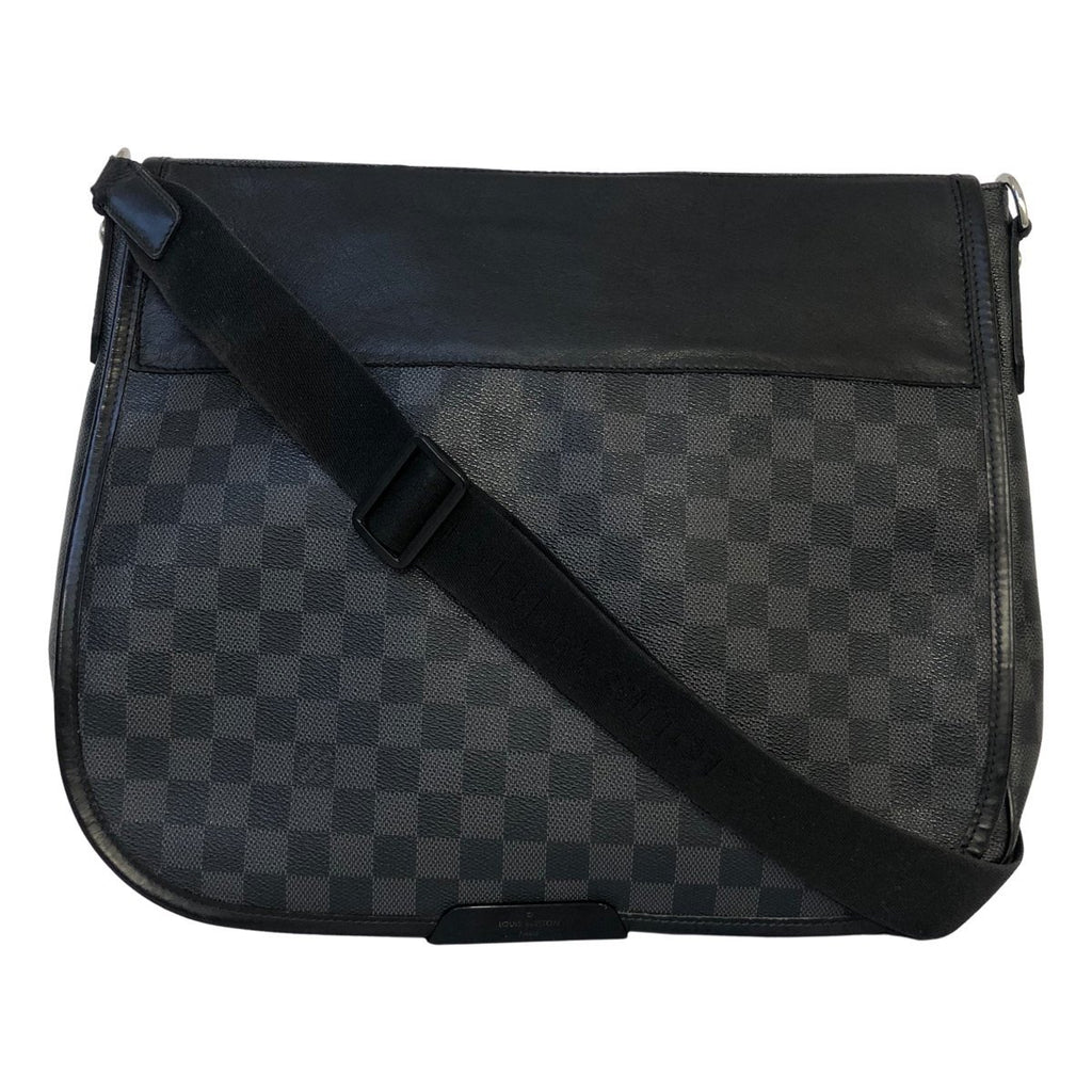 Louis Vuitton Damier Graphite Daniel GM - Crossbody väskor - l '& Eacute; toile de Saint Honor & eacute;
