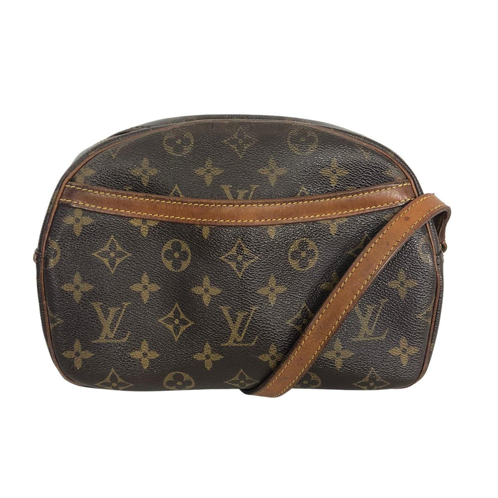 Louis Vuitton Louis Vuitton Blois Toile Monogram Canvas - Crossbody bags - Etoile Luxury Vintage