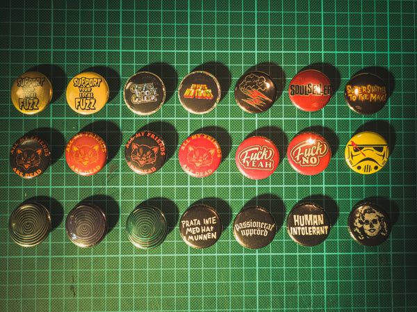32mm Buttons Mix S01 - mangobeard