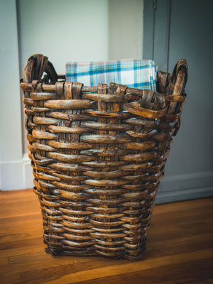 1900 Woven French Grape Harvest Basket Weston Table