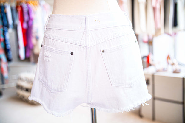 Mid Rise Distressed Denim Short-Apparel-Cocoplum Boutique