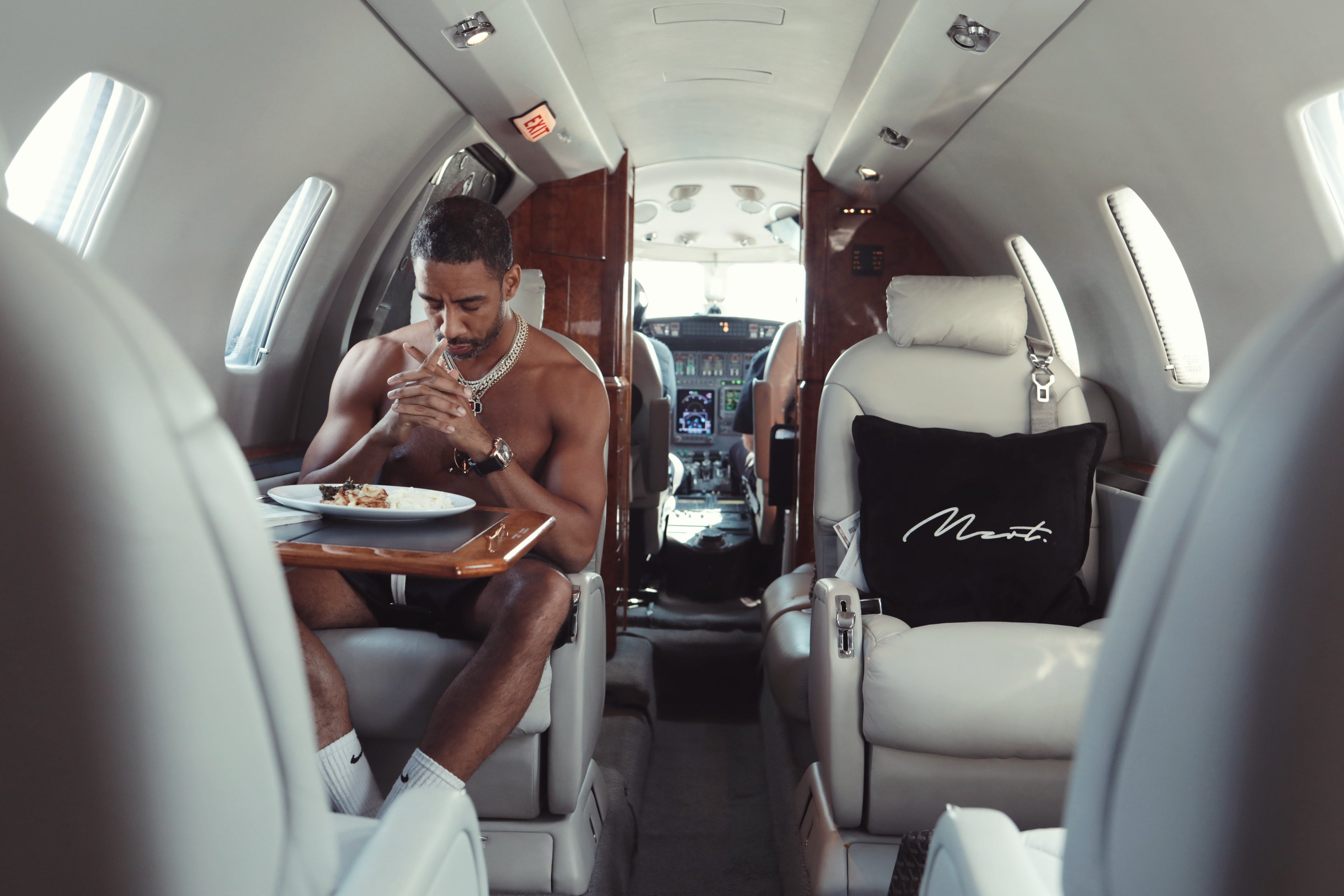 Ryan Leslie Private Jet