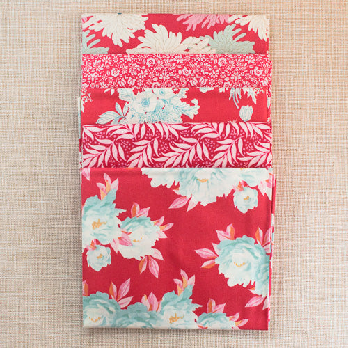 Cottage Fat Quarter Bundle Red by Tilda