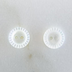 White Mother of Pearl Buttons 11.5 mm (No.180)