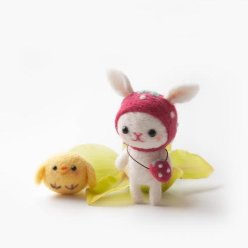 Learn to Needle Felt a Strawberry Rabbit and Chick