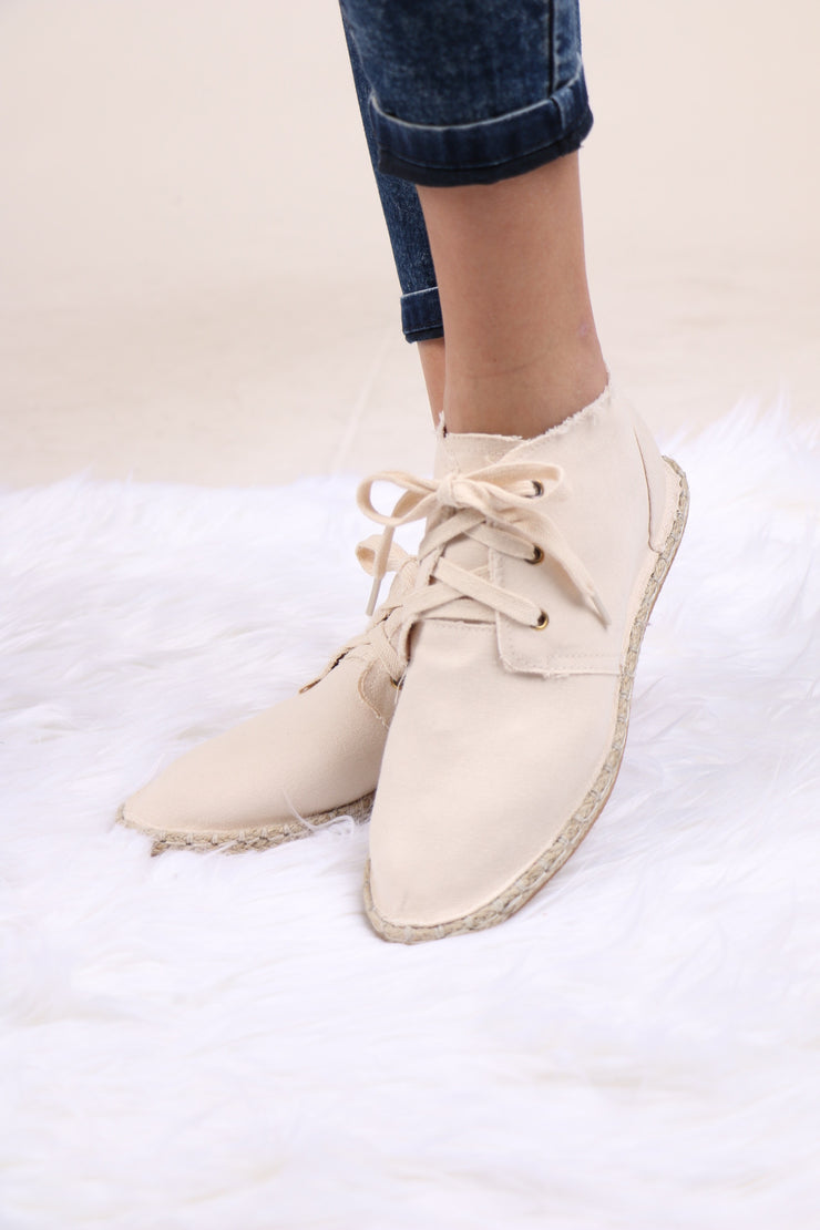 Lace Up Mermosa Beige Sneaker