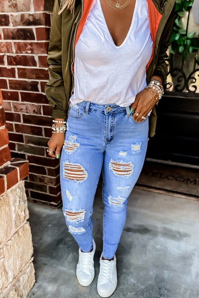 Hard To Believe Light Wash Distressed Skinny Jeans