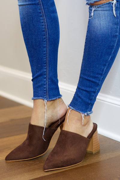 Irma Brown Suede Closed Toe Mule