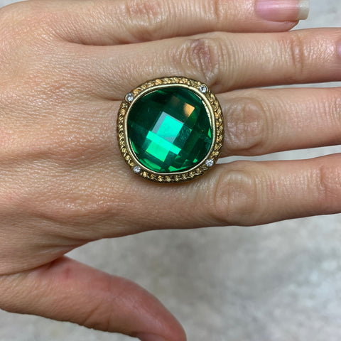 Emerald Royal Boleyn Ring