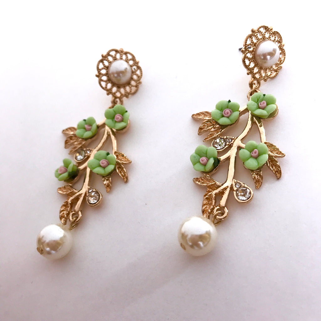 Mint Floral & Pearl Earrings