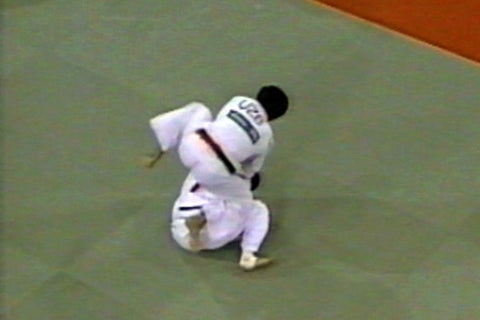 Jeon Ki Young in action 1996
