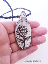 Load image into Gallery viewer, Jewellery Talisman - Flower