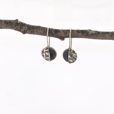 Contrasting Florals Black Round Open Drop Earrings