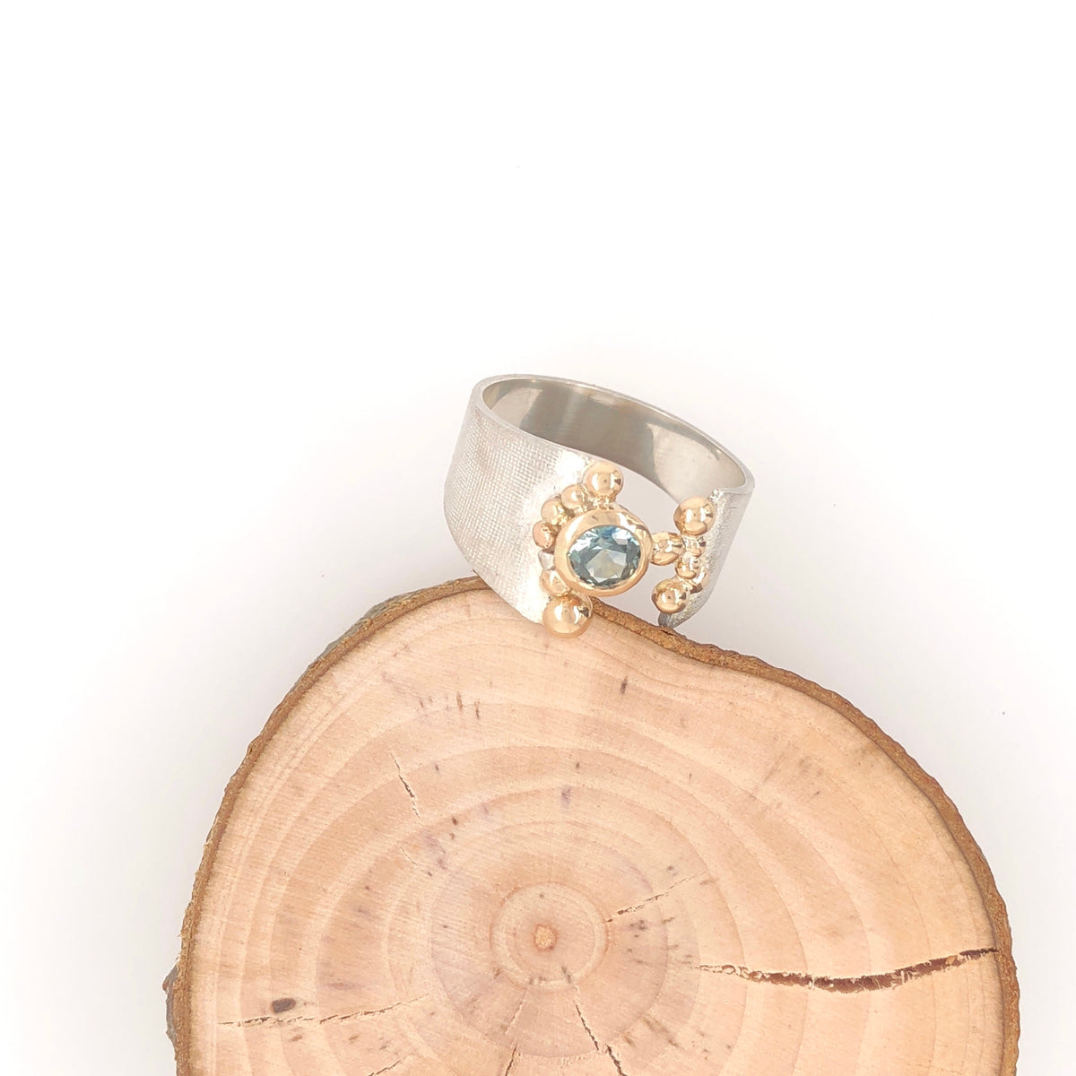White and Gold Ring with Montana Sapphire